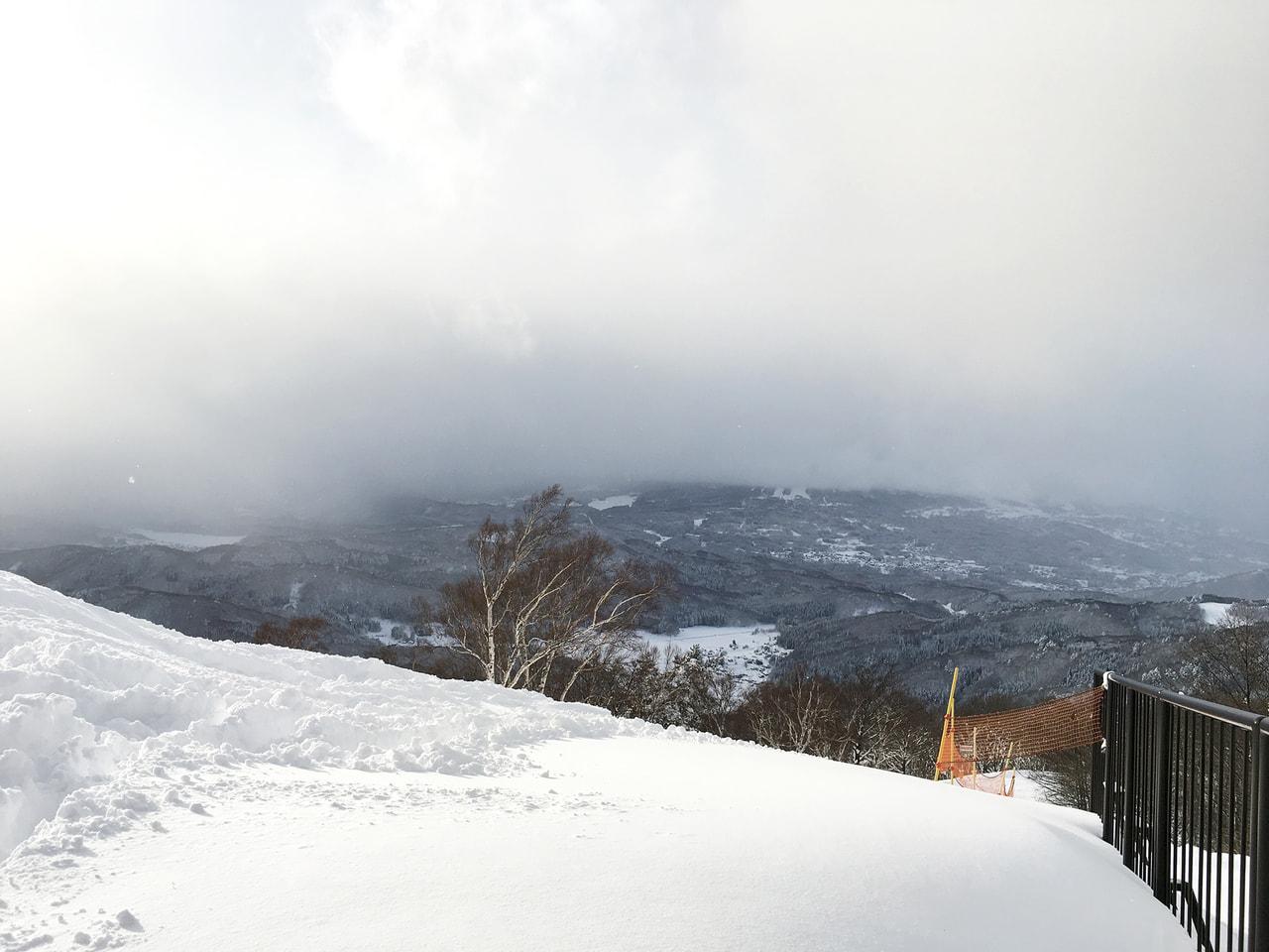 山の上のカフェ