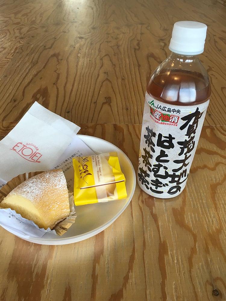 レモンケーキと米粉のシフォンケーキ